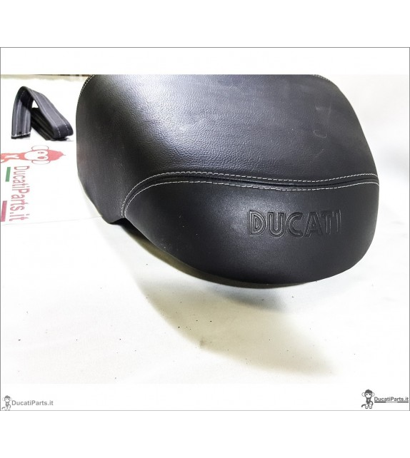 SEAT DUCATI GT 1000 CONFORT AS NEW